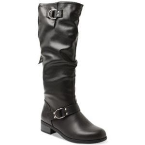 XOXO Womens Minkler Round Toe Black Fashion Boots